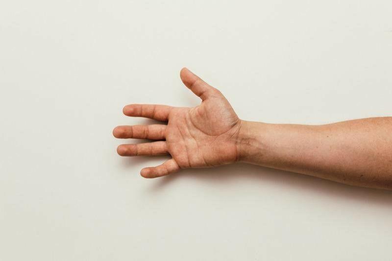 Kéz és tenyér gyakorlatok ágyhoz kötött betegek számára